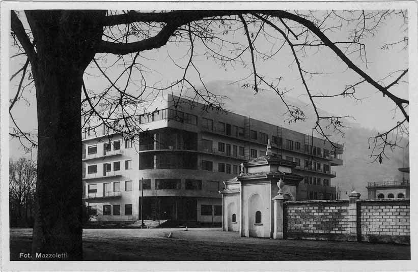 1 NOVOCOMUM  copyright Archivio Terragni-2