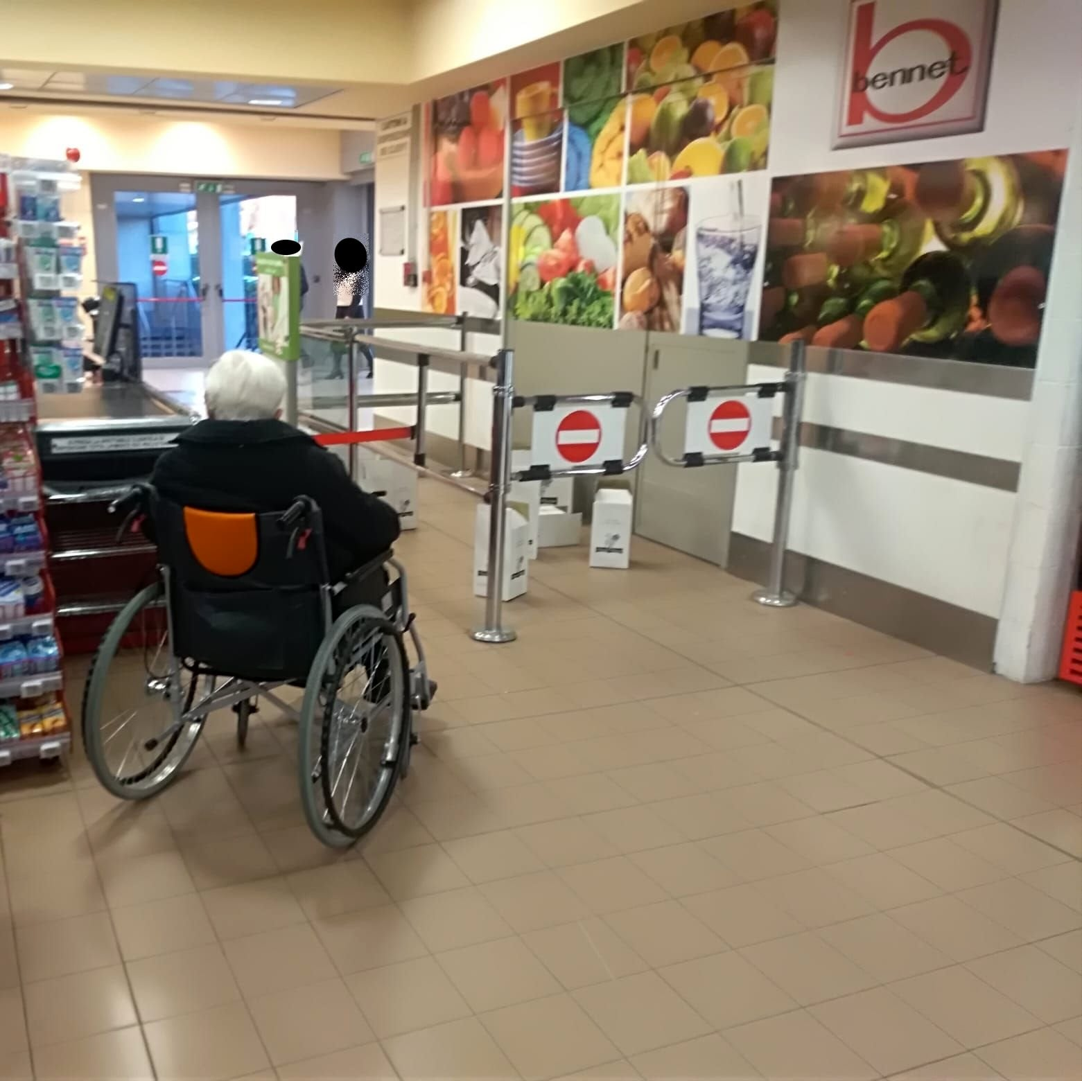 disabile carrozzina bennet2-2