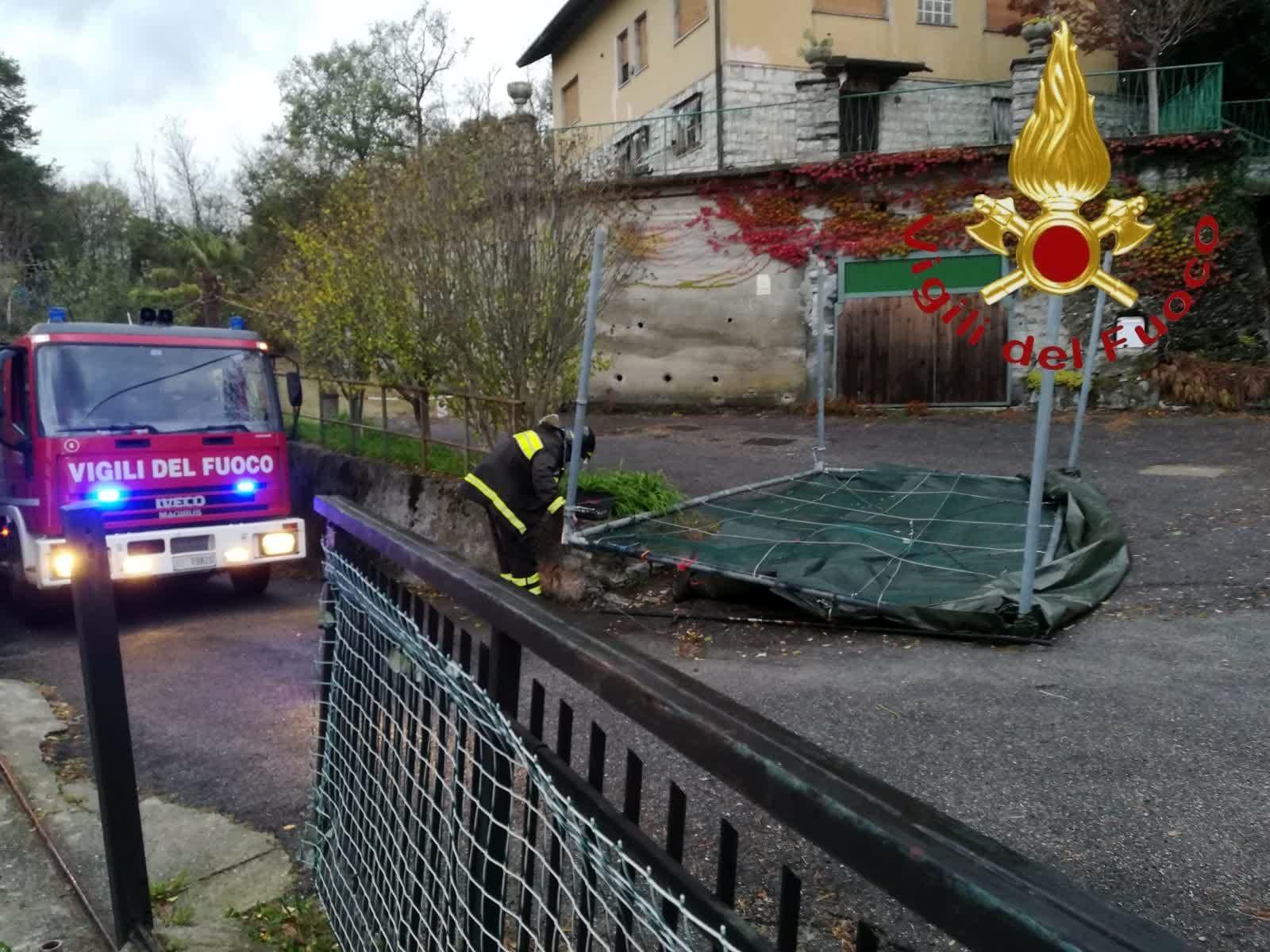 pensilina caduta maltempo vigili fuoco-2