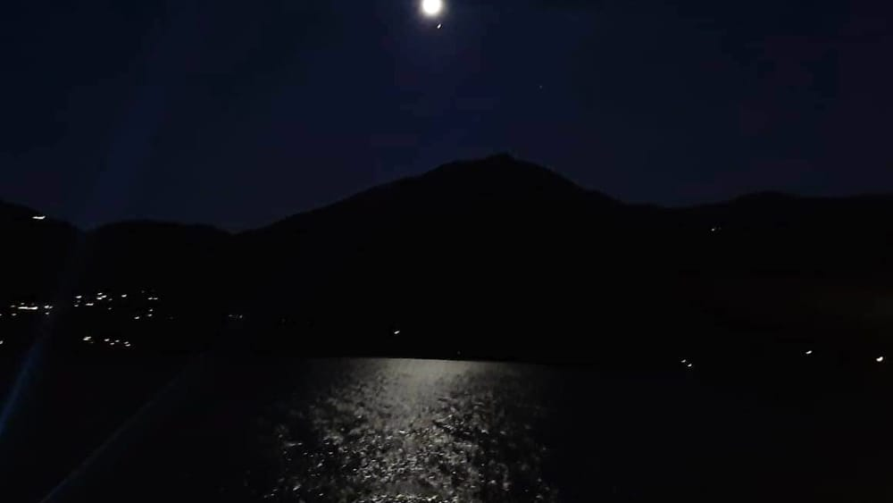 lago como luna mp