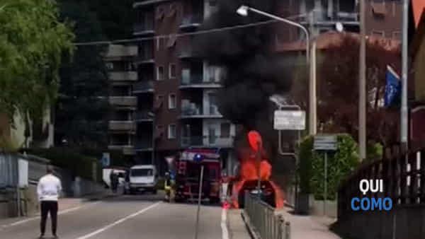 Auto incendiata a Tavernerio: il video