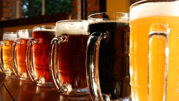 """Slow Food Como per i giovani: una serata con le birre artigianali dedicata alla cultura del bere consapevole"""""""
