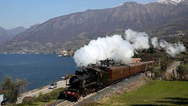Un treno d'epoca sul Lago di Como: arriva da Milano il Lario Express