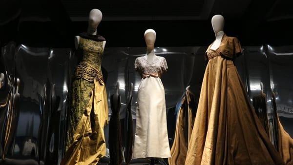 Lorenzo Riva, il maestro è nell'anima: cinquant'anni di alta modaal Museo della Seta di Como