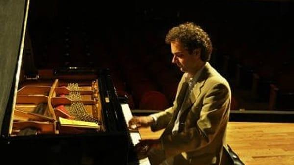 Concerto pianista Leotta a Villa Carlotta: le 32 Sonate di Beethoven 5-30 settembre
