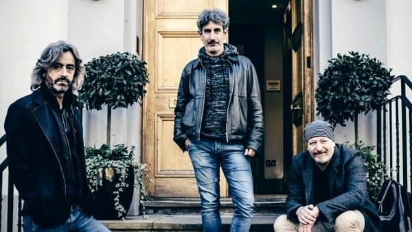 """Sulutumana: doppio """"Vadavialcù"""" a L'Officina della Musica di Como"""