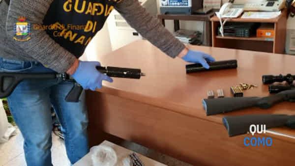 Maxi-sequestro di droga e armi in provincia di Como: il video della perquisizione