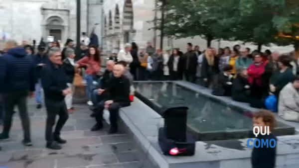 A Como la manifestazione contro l'attacco Turco in Siria. Ecco il video