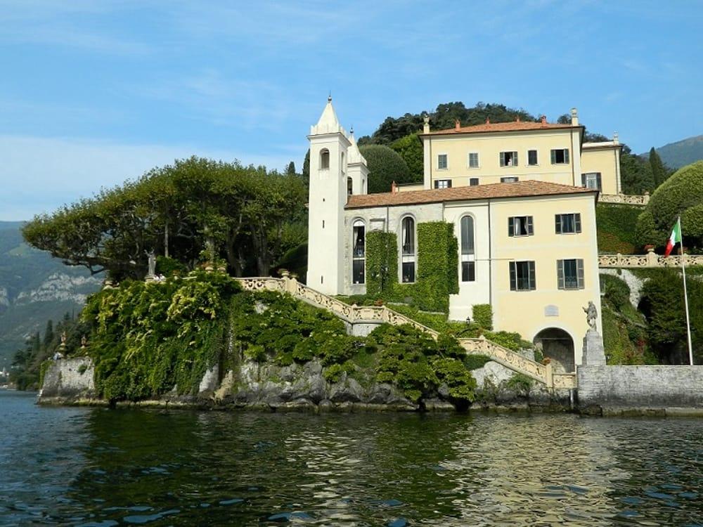 Villa del Balbianello vista dal Lago di Como