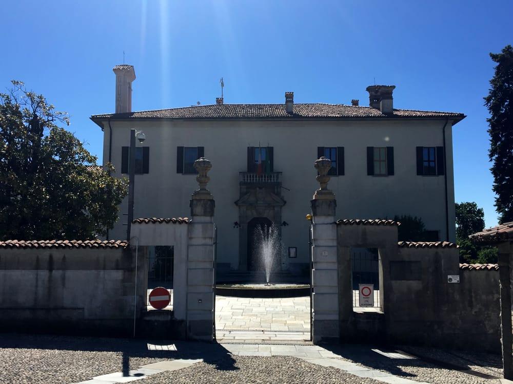 Villa Imbonati a Cavallasca (foto dal sito del comune di San Fermo della Battaglia)