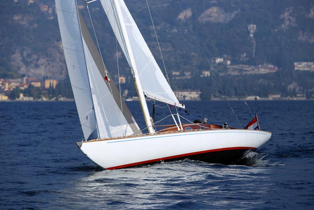 Lago di Como in vela