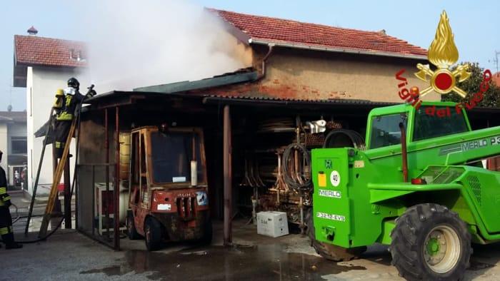 Incendio in un legnaia di Mozzate 4